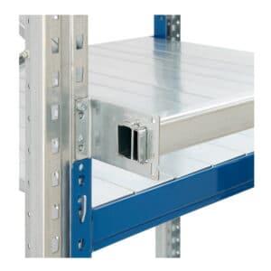 Pallstopper for pallreol. Begrenser paller fra å plasseres for langt bak på bærejernet.